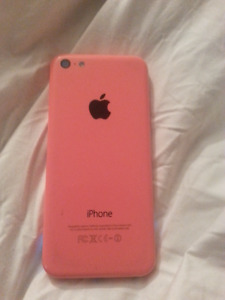 Pink Iphone 5C / 8 GIGS / Rogers / Otterbox