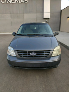 2006 FORD FREESTAR LIMITED 4.2L ....PRICED TO SELL