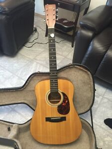 Perfect condition Hondo h-125 acoustic guitar