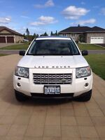 2008 Land Rover LR2 SE Leather SUV, Crossover