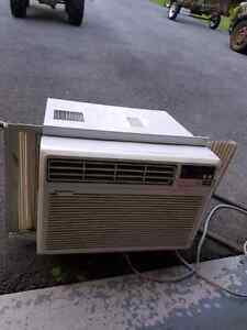 OK shape air conditioner with recent refrigerant recharge