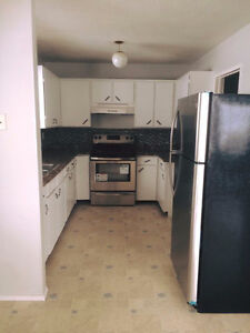 3 bedroom and 1.5 bath in Heritage Area