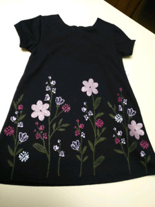 Girls 2T.  Dress....BRAND NEW WITH TAGS