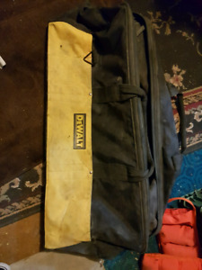 Large dewalt tool bag