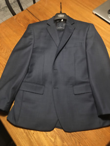 Two-piece Suit 38S