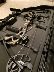 Bear Authority Compound Bow Left Handed w/ Case + Extras