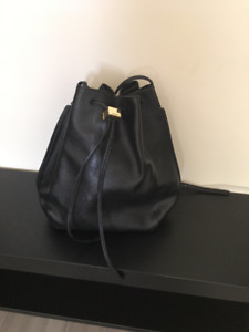 Selling  Auxiliary (Aritzia) Bag