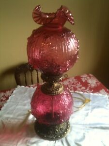 CRANBERRY GONE WITH THE WIND PARLOUR LAMP