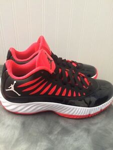 Jordan Superfly  (sz 8.5)