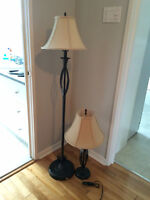 Lampe sur pied et lampe de table / Table lamp and tall lamp