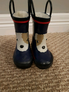 Size 4 toddler rain boots