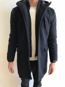 ZARA Navy Blue 3/4 Length Wool coat with quilted sleeves