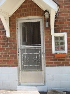 2 Bedroom Basement Apartment - Like New (Near Jane and Lawrence)