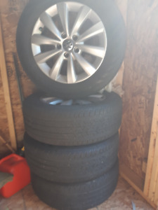 VW Passat rims and tires