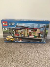 Loads of Lego sets brand new and boxed - never opened see pics