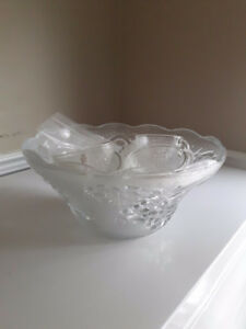 Punch Bowl with 11 glasses