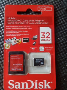 New SanDisk 32GB Mobile MicroSDHC Card with Adapter