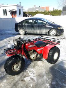 Honda bigred  250