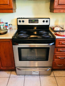 Frigidaire. Stainless Steel Oven. URGENT SALE!.