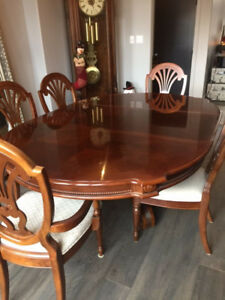 Gorgeous Cherry Wood Dining Room Suite