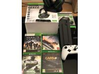 Xbox one bundle of games & accessories