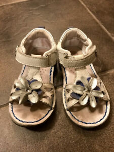 Stride rite toddler  sandals, size 6