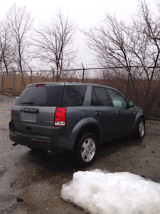 MUST SELL- 2005 SATURN VUE