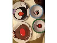 🎄 12 festive plates and bowls brand new