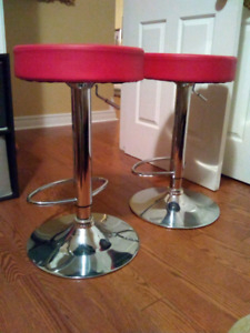 2 LIKE NEW red adjustable height pump bar stools