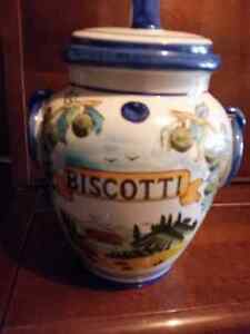Various Items-Biscotti / Cookie Jar, lamp, vacuum, popcorn poppe