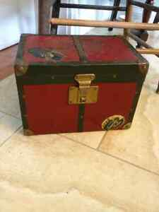 Antique doll clothes and trunk London Ontario image 2
