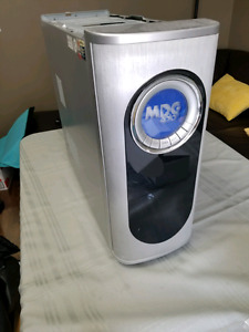 Selling Computer Case $20