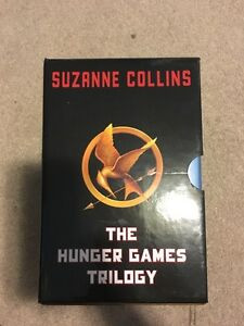 Hunger games triology set, HARDCOVER Kitchener / Waterloo Kitchener Area image 2