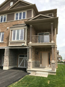 2  BEDROOMS,TOWNHOUSE ,END UNIT ,2.5 BATHROOMS  FOR RENT