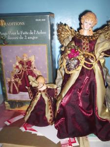 Anges de Noël, lutin et couronnes décoratives