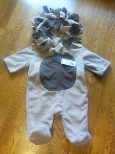 Brand new with tags! Lion costume 0-3m
