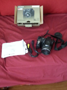 Fujifilm Finepix S4000 30x