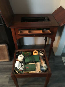 1948 Singer Cabinet Sewing Machine