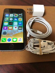 iPhone SE 16GB Space Grey Unlocked Excellent  Condition