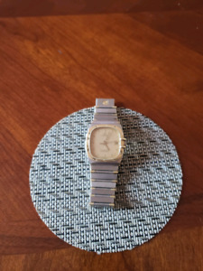 Omega Constellation 18k Chronometer watch