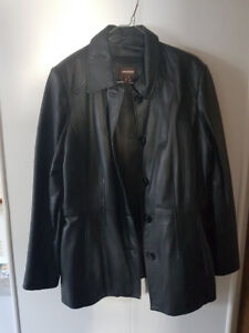 Danier Ladies Leather Jacket   $300.00 OBO