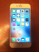 iPhone 5s Rogers with charger and case (apple warranty)