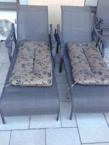 Lawn chairs and Patio chairs