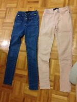 lot de 2 pantalon taille small 15$ ( taille haute )