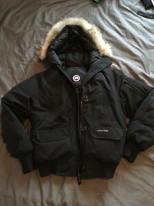 Canada Goose Chilliwack Bomber Jacker Women's Black Medium
