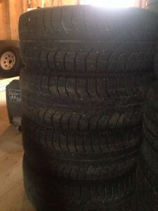 205/55-16 Michelin X-Ice tires