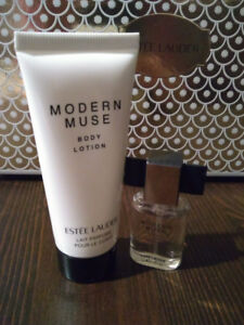 Brand new***Estee Lauder mini set