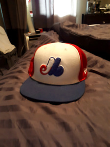 Montreal expos size 7 1/2 hat