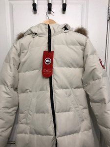 Brand New Womens Canada Goose Jacket - Tags on, never worn