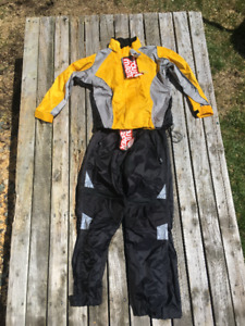 Tourmaster Rain Suit fits Womens XS or child -New/Unused